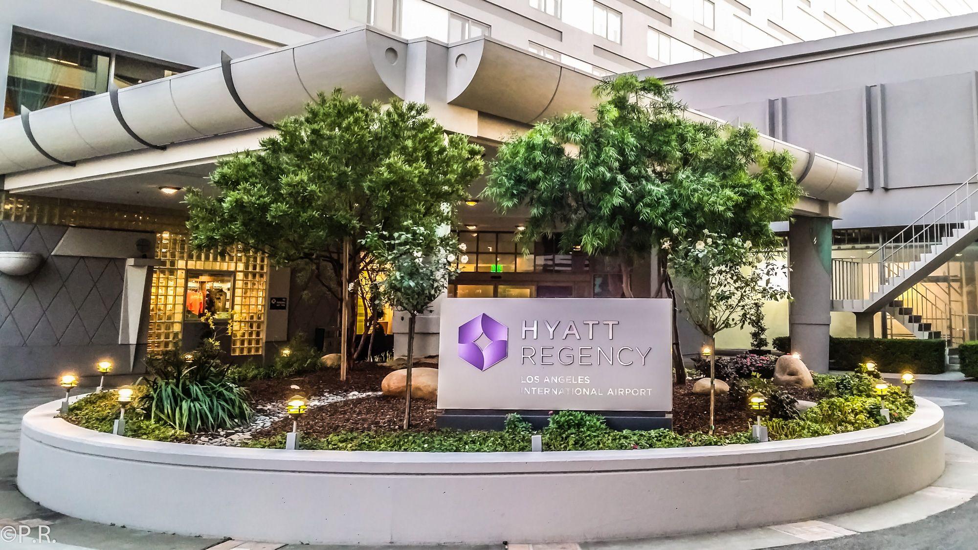 Hotel Review: Hyatt Regency Los Angeles International Airport – King Suite