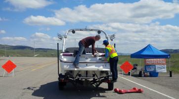 Sylvan Lake boat inspection
