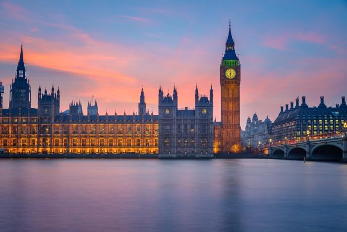London-Riverfront