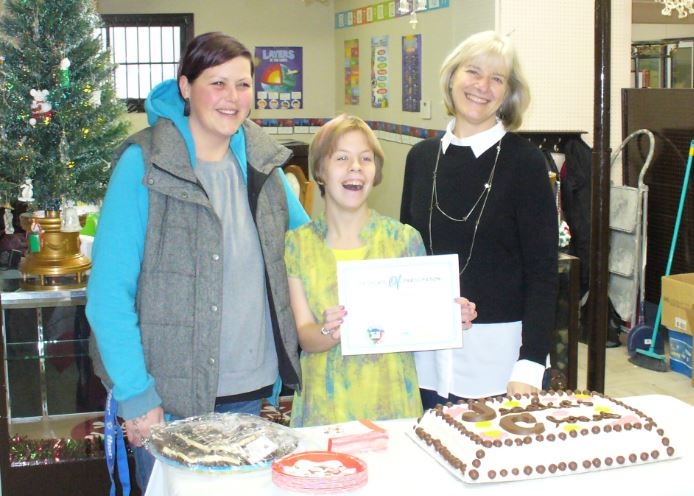 Jessica McNutt, centre, celebrates the grand opening of Jessica's Closet on Dec 5, 2015!