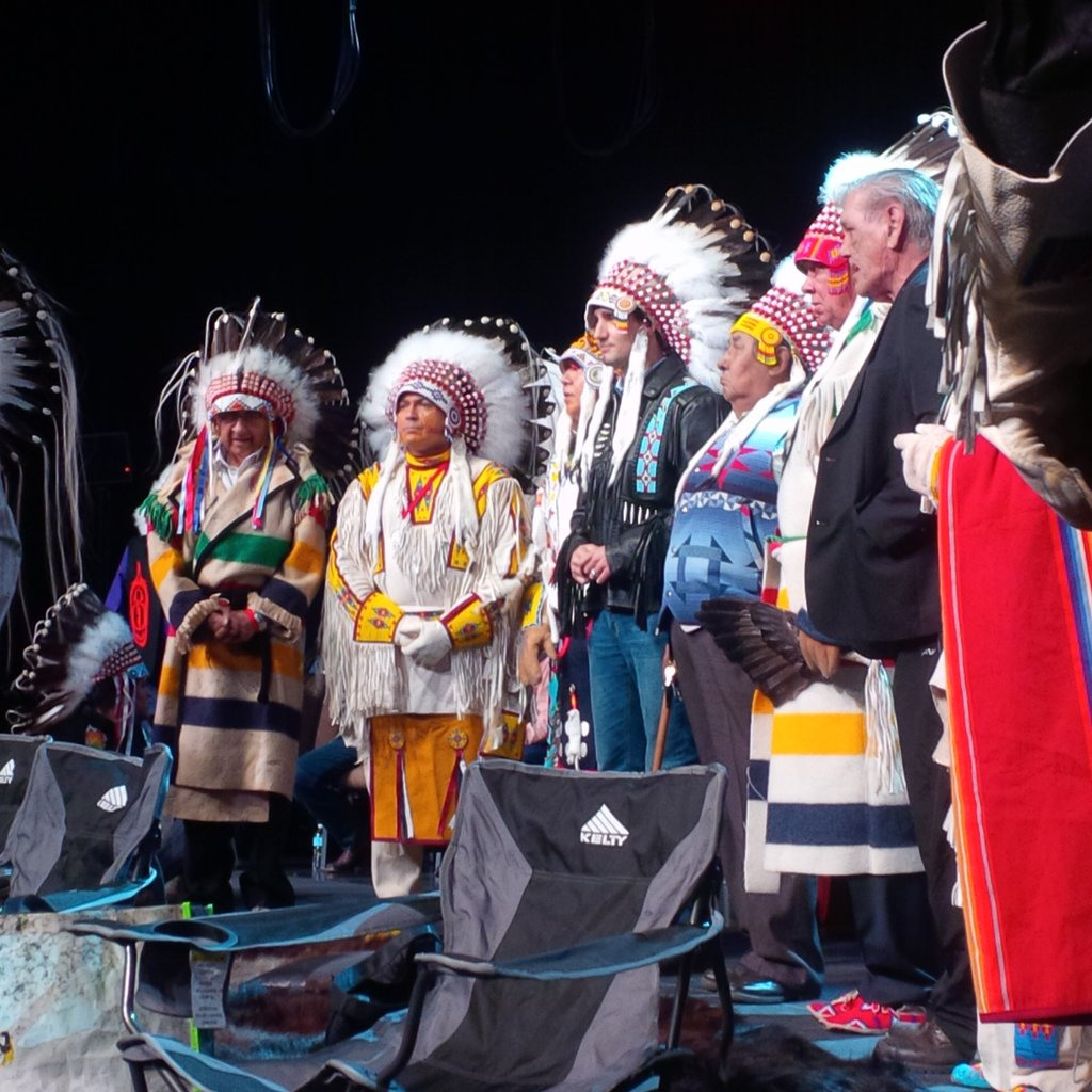 AFN @AFN_Updates  Mar 4 #AFN NC @Perrybellegarde, PM @justintrudeau and Tsuut'ina Chiefs and Elders conclude Bonnet Transfer Ceremony  (Assembly of First Nations - Twitter)