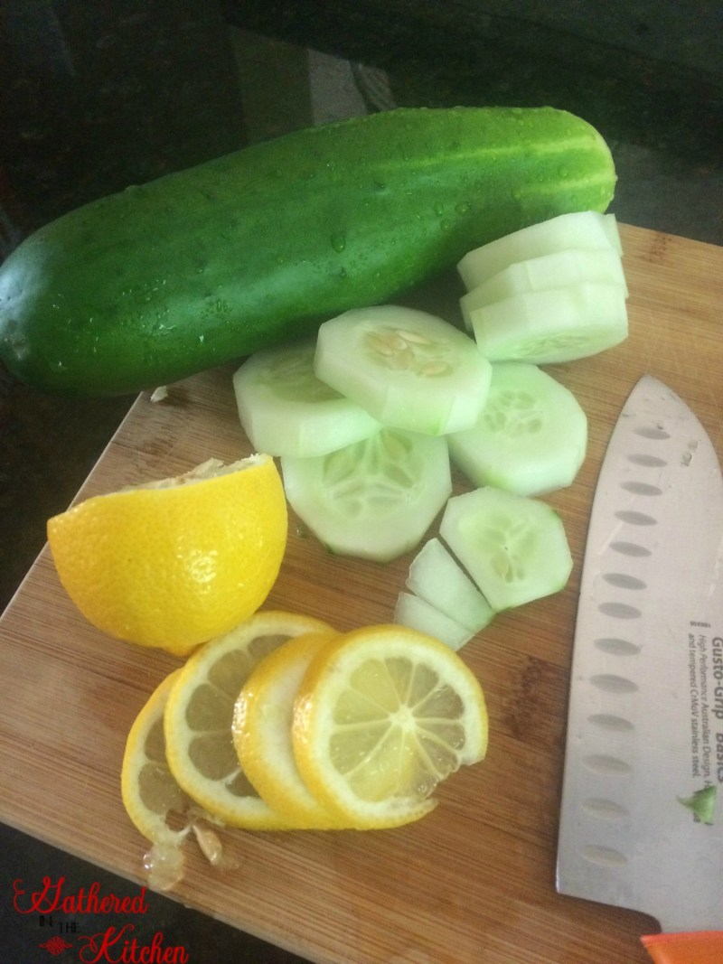 cucumber lemon water1