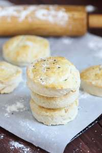 Salt and Pepper Biscuits - Delicious, flaky biscuits topped with sea salt flakes and freshly ground pepper. Perfect for breakfast or dinner.