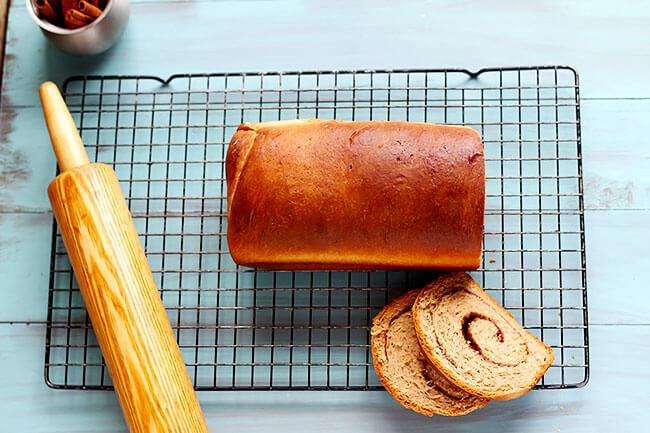 Cinnamon-Swirl-Bread-