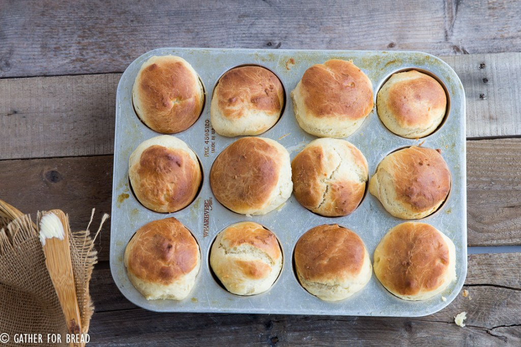 English Batter Buns | gatherforbread.com