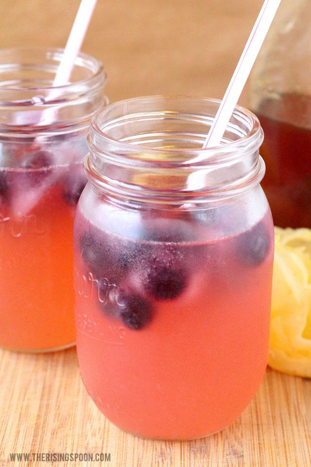 pink-lemonade-recipe-with-blueberries