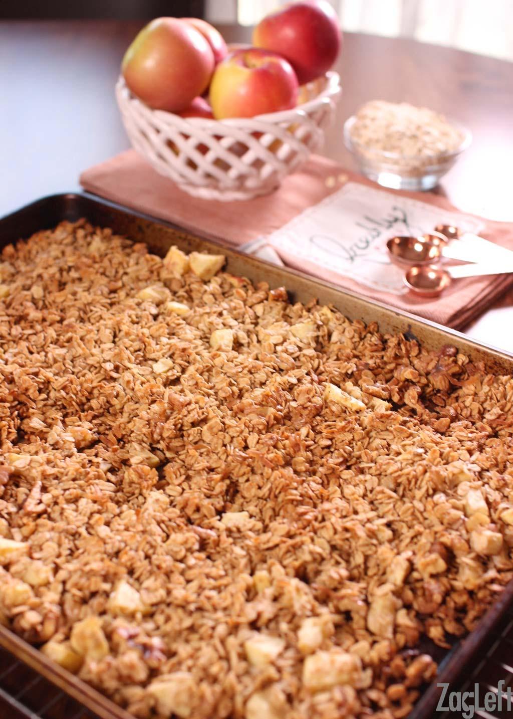 w-apple-pie-granola-zagleft-3