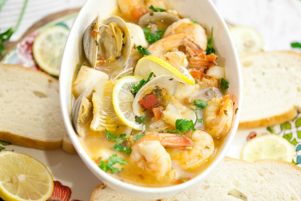 healthy-tuscan-seafood-stew-2920