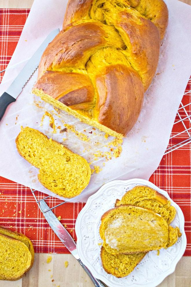 pumpkin-challah