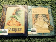 https://gatheringbooks.wordpress.com/2013/12/08/bhe-83-library-finds-for-our-theme/