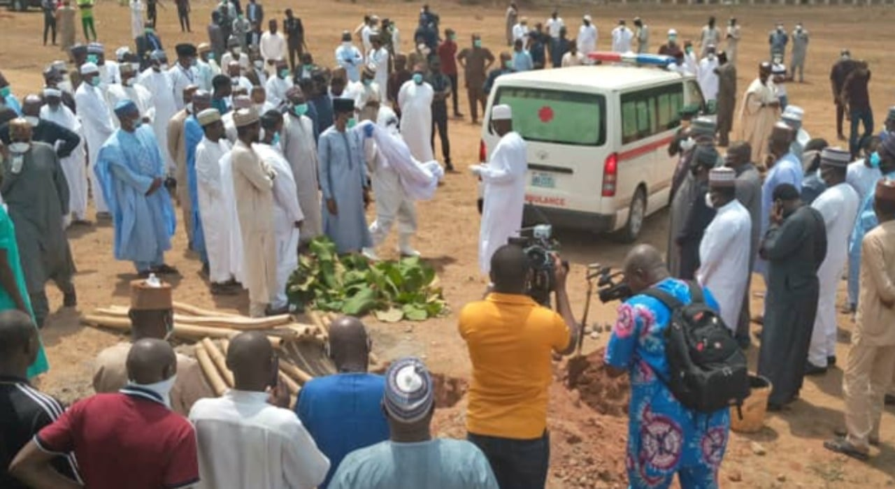 Abba Kyari: FCT takes action as NCDC official dumps used PPE at cemetery [VIDEO]