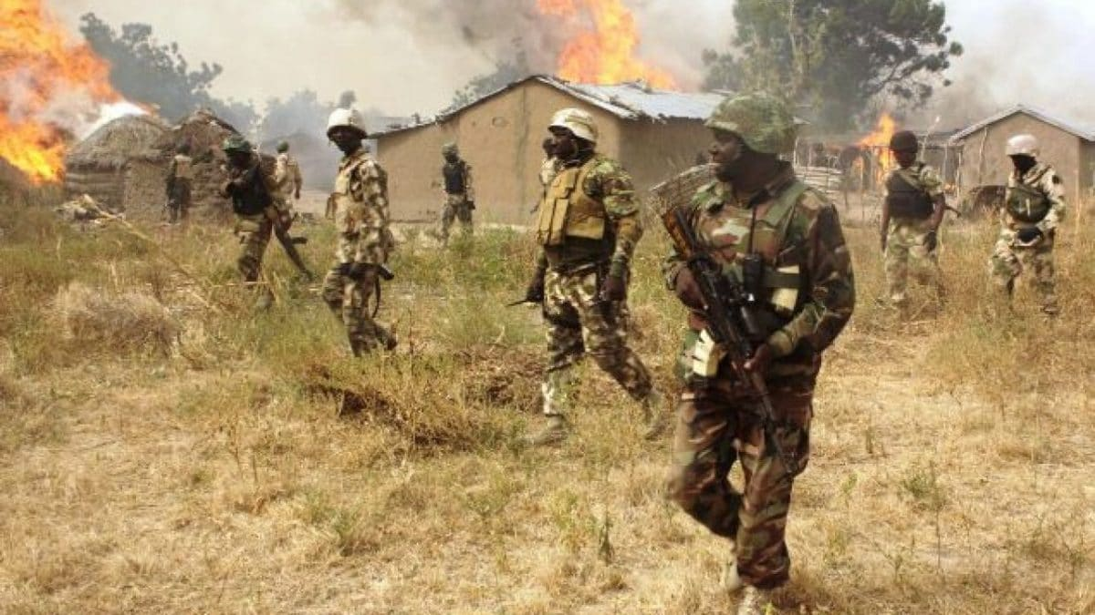Soldiers kill 7 bandits, destroy criminal hideouts in three northern states