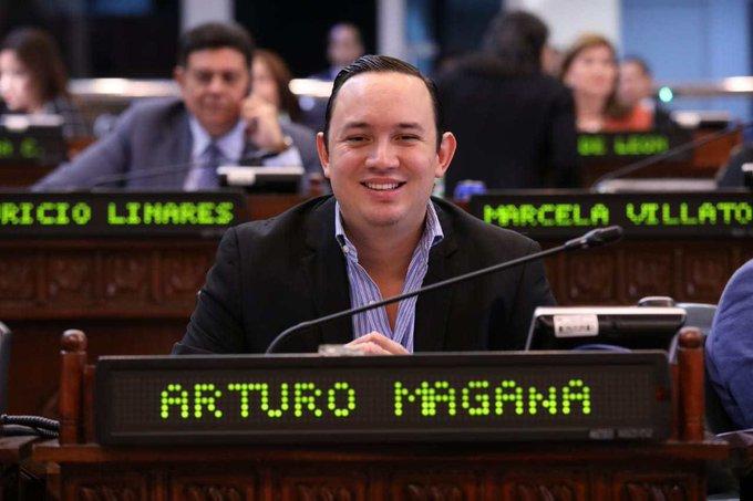 La inmunidad pesó más que la pronta justicia en el caso del diputado Magaña