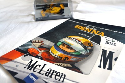 Resenha da HQ do Senna, lançada pela Editora Nemo. Publicada no blog GatoQueFlutua.