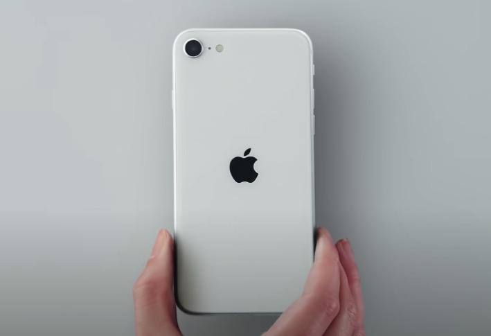 新「iPhone SE」は買いか?他の機種との違い