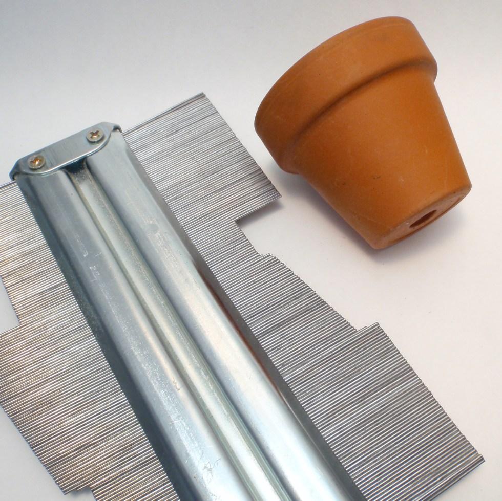 profile or contour gauge