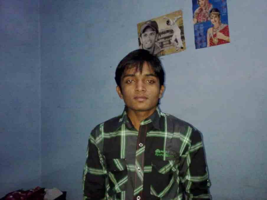 Gaurav Tiwari in Green Shirt