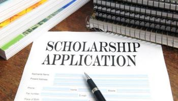 Top Five Scholarships for English Literature Students 9