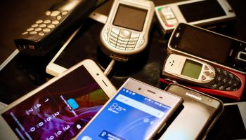 The Trick to Getting The Best Offer for Your Previous Generation Phone 1