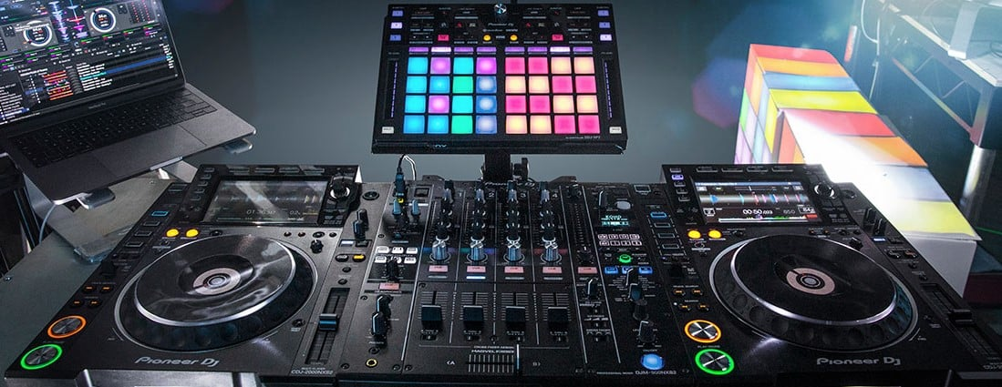 Playing with your DJ Controller setup