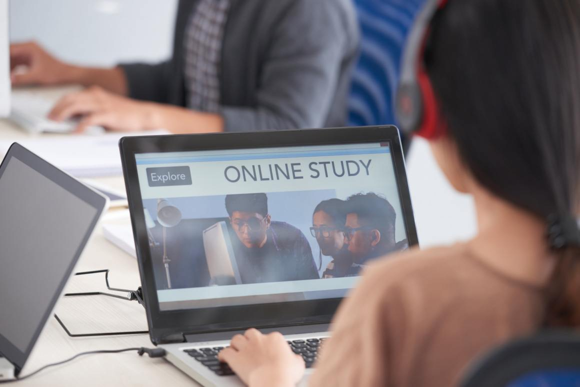 Studying online - Importance of Online Courses