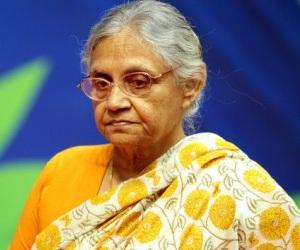 घोटाले की आरोपी दिल्ली की पूर्व मुख्यमंत्री शीला दीक्षित