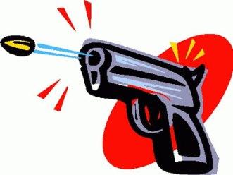 शराब पीते समय हुए विवाद में एसओजी के सिपाही ने युवक को गोली मारी