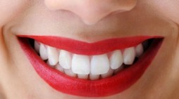 दांतों की देखभाल से यौवन बना रहता है और उम्र भी बढ़ जाती है: डॉ. राजीव
