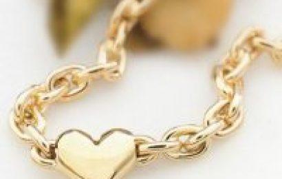 smykker til henne