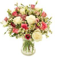 Blomsterbukett på døra Image