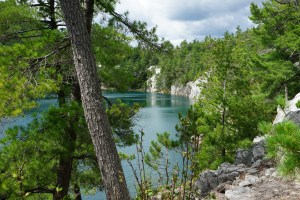 August 31 Topaz Lake - hike above The Pool in Baie Fine