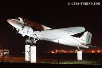 5_DAKOTA C-47_SAGAT_gate guardian