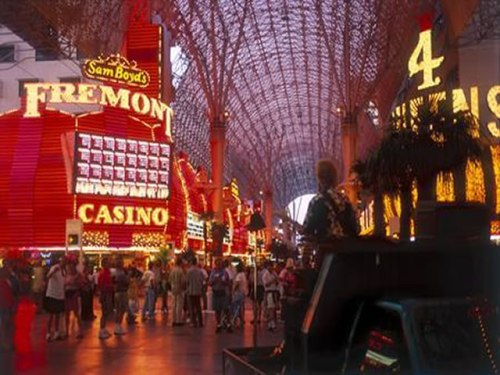 Halloween Destinations: Freemont Street Experience, Halloween Las Vegas
