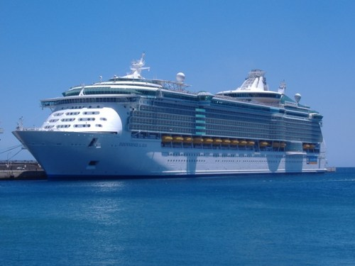 Cruise Ship - Independence of the Seas