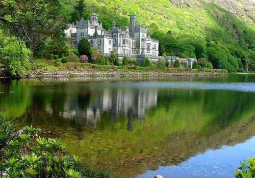 European Holiday Destinations: Kylemore Abbey in Ireland