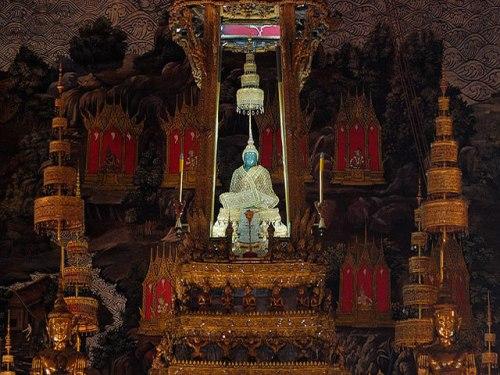 Buddha Statues: Inside the Temple of the Emerald Buddha