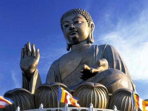Buddha Statues: TianTan Buddha Statue