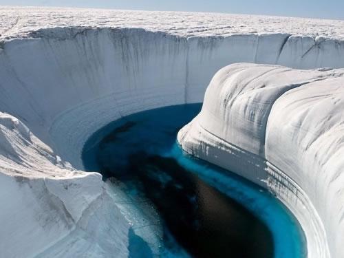 Amazing Places: Ice Canyon, Greenland