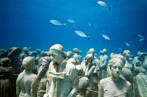 Best Landmarks in Mexico: Cancun Underwater Museum