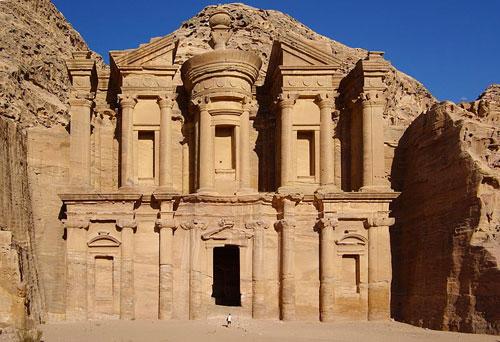 Famous Landmarks: Petra Jordan