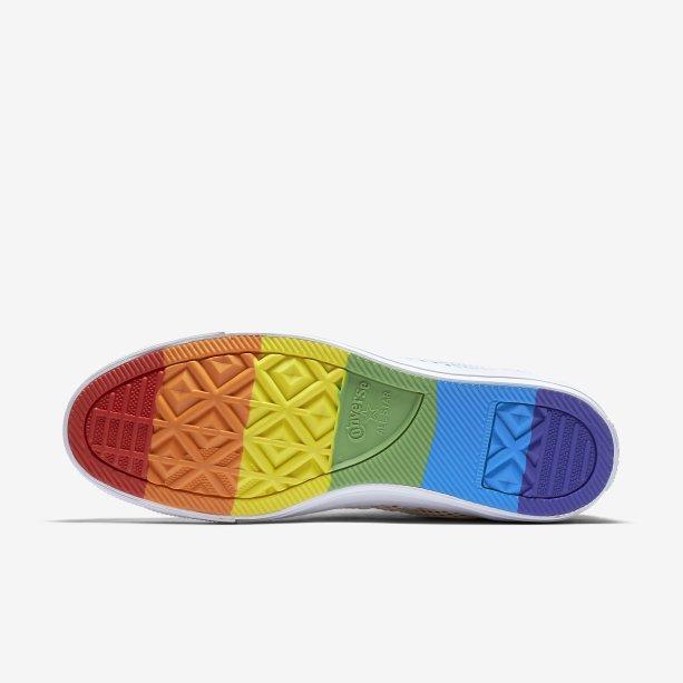 Nike e Converse lançam coleção em homenagem à população LGBTQ