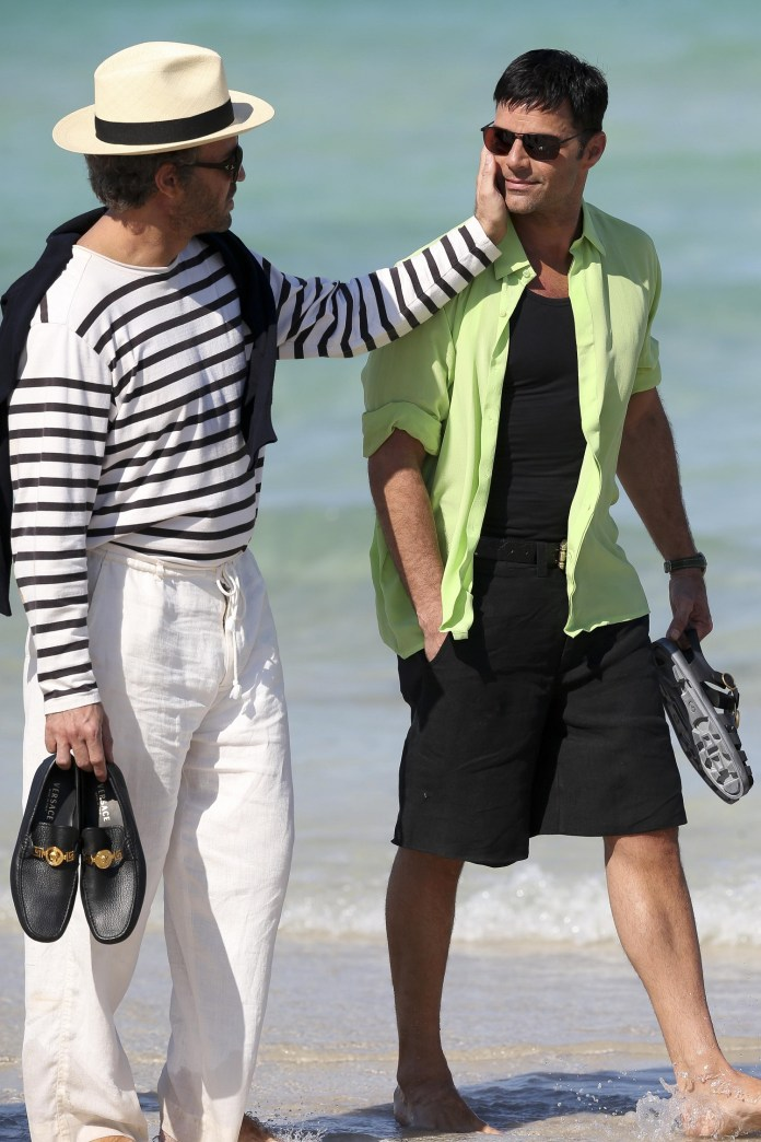 Ricky Martin Films Scenes for American Crime Story as Gianni Versace's Lover Antonio