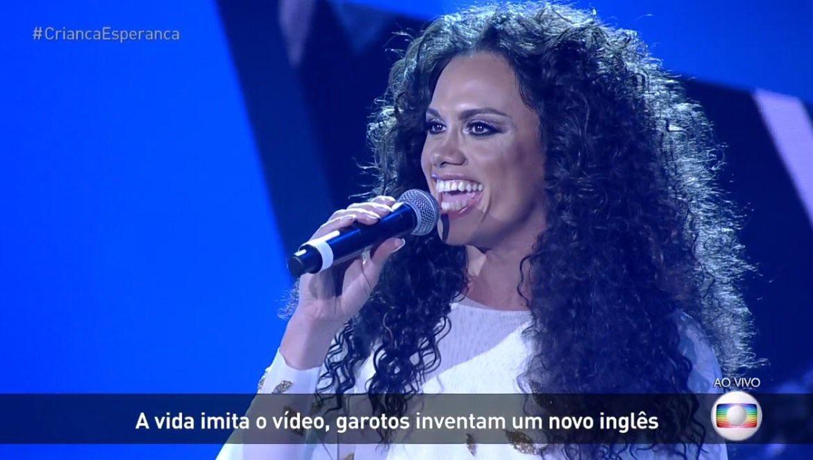 Performance no 'Criança Esperança' de Silvero Pereira com Sandy: 'Pabllo, é pra você!'