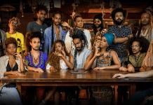 """O videoclipe """"TEXTURA"""" constrói um diálogo mais direto com as pessoas que constroem imagens equivocadas a respeito dos traços e corpos negros gê"""