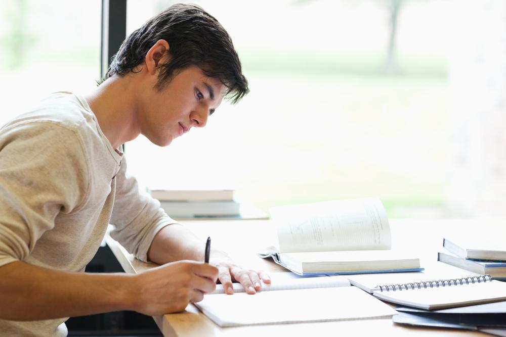 Sonha em trabalhar e estudar no exterior? Conheça as regras dos seis países mais desejados