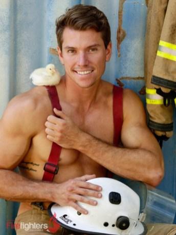 2019-Hot-Firefighters-www.australianfirefighterscalendar.com2029-720x960