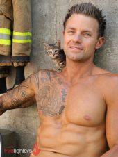Mick-2019-Hot-Firefighters-www.australianfirefighterscalendar.com2020-720x960