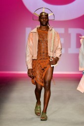 Led - Top 5 - SPFW N46 out/2018 foto: Ze Takahashi / FOTOSITE