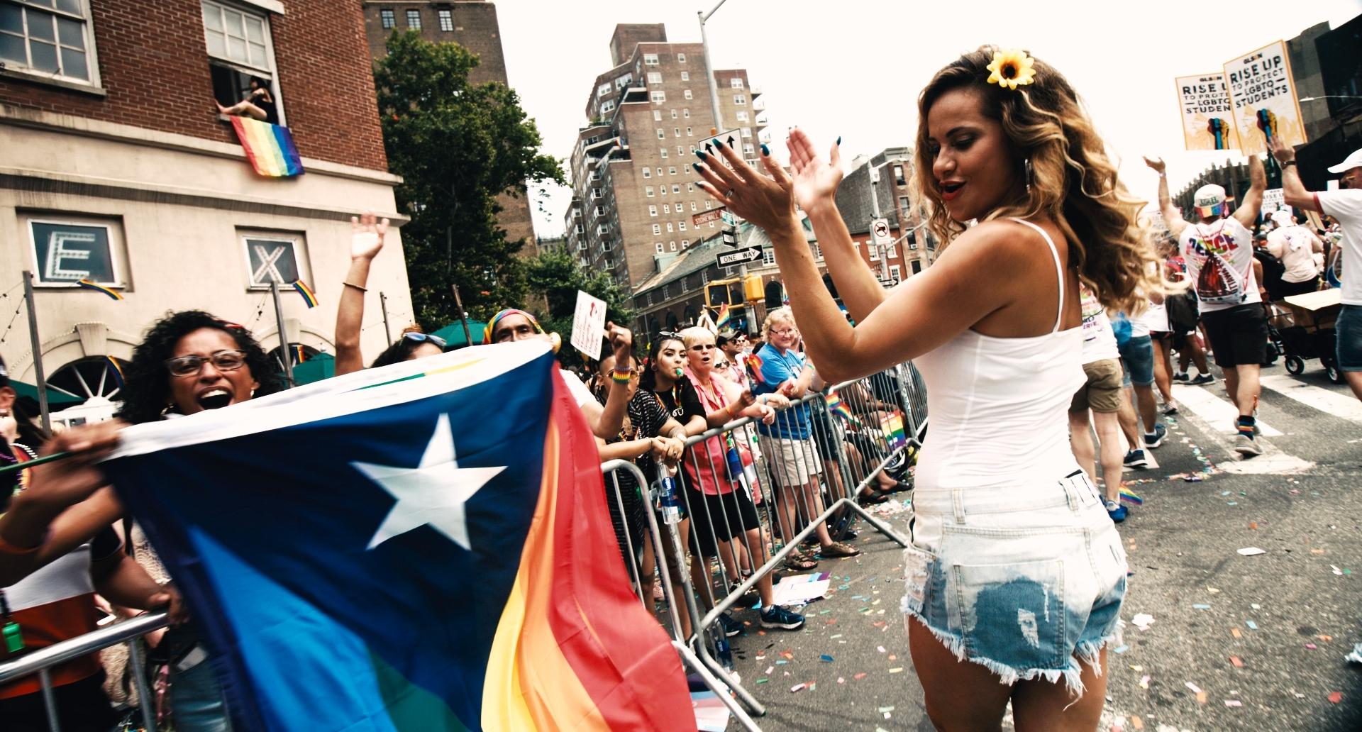 Cantora Amannda lança vídeo manifesto contando a história de Stone Wall
