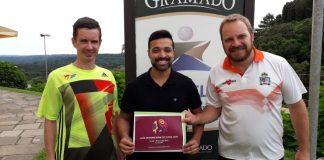 Gustavo Schneider, Diretor de esportes; Flávio Prestes, organizador do evento, e Jacó Schaumloeffel, secretário de Esportes de Gramado / DIVULGAÇÃO